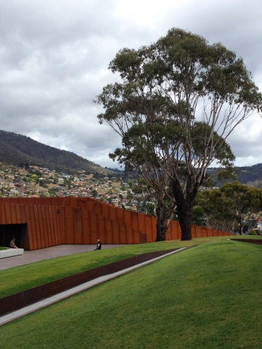 Hobart, MONA Gallery,museum of old and new art - source restaurant - lap pool - spa bath - private peninsula